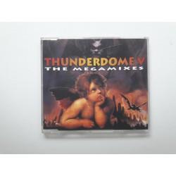 Thunderdome V - The Megamixes / TR 039/CD