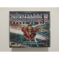 Thunderdome '96 - Dance Or Die! / 9902299 / Misprint